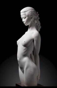 Sculpture by Zhong Zhiyuan