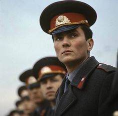 Soviet officer // WOO sign me up for the next war! Depressed Aesthetic, Back In The Ussr, Warsaw Pact, City Aesthetic, The Man From Uncle, Alternate History, Ancient Rome, Soviet Union, Cold War