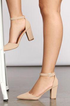 Pointed Heels Outfit, Work Heels, Cute Shoes Heels, Dressy Shoes, Heels Outfits, Prom Shoes, Mode Outfits, Fancy Shoes, Woman Shoes High Heels