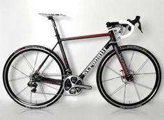 2014 R7 Full Carbon Road Bike. Shimano Dura-Ace 9070 Di2 11 Speed. Rolf Vigor Wheels. TRP Hydraulic Disc Brakes. 54cm