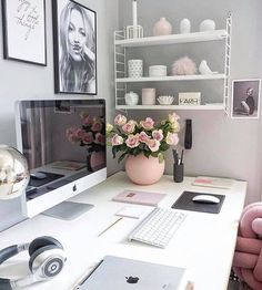 Pretty girls bedroom desk ideas | Ideas for work space shelves | Desk and homework space in Pink and Grey