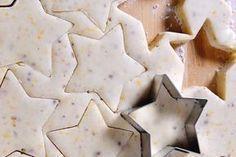 Sablés aux épices de Noël au thermomix. Je vous propose une recette des Sablés aux épices de Noël, simple à réaliser à l'aide de votre thermomix.