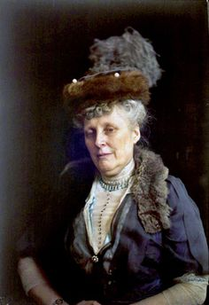 autochrome - formal portrait of a woman