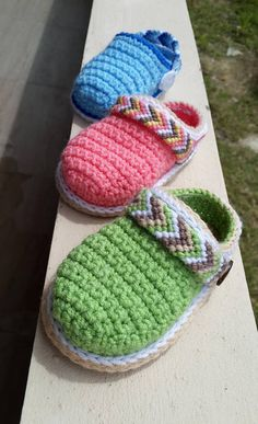 This listing is for CROCHET & MACRAME PATTERN - PDF - INSTANT DOWNLOAD Tribal Baby Clogs - This is a PATTERN and NOT a finished item. 30 pages in pdf & over 65 photos in this tutorial! FOR A LIMITED TIME ONLY until April 7th 2018: We are giving-away our Baby Pumpkin Shoes pattern for