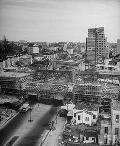 1947 - Viaduto 9 de Julho em construção.                                                                                                                                                                                 Mais