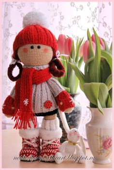crochet springtime doll - knit clothes