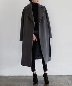On veut un manteau oversize comme celui-ci ! Bottines noires talons hauts…