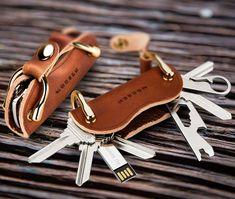 Modern - Brand New Genuine Leather Smart Key Wallet DIY Keychain EDC Pocket Car Key Holder Key Organizer Holder - peterpan-smile - Sport & LED Lighting & Entertainment Leather Key Holder, Leather Key Case, Leather Wallet, Diy Keychain, Leather Keychain, Leather Bags Handmade, Leather Craft, Cow Leather, Car Key Holder