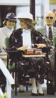 1983-04-19 Diana visits the Manukau Fire Department Headquarters and watches a fire brigade demonstration