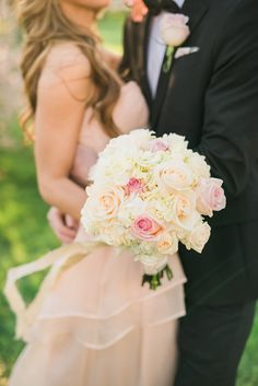 Spring Bouquet | photography by http://www.everlastinglovephotography.com/