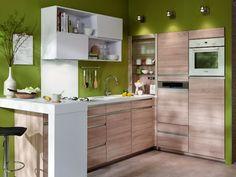 Installer l'électroménager en hauteur pour optimiser la cuisine - Aménager une cuisine dans 6 m2. J'aime l'emplacement du lave vaisselle par rapport à l'évier !