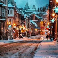 Old Quebec City, Canada Old Quebec, Quebec City, Canada Christmas, Cozy Christmas, Christmas Time, Quebec Winter, Winter Magic, City Wallpaper, Christmas Wonderland