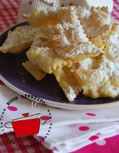 chiacchiere / fried carnival pastries... My Mammie used to make these! Yum