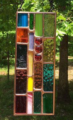 A great gift idea Mini Stained Glass Sun Catcher with 3 Red