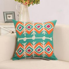 Pillow Cover: Retro Pattern