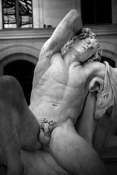 https://flic.kr/p/7LEUQ1 | Faune endormi | Oeuvre d'Edme Bouchardon (entre 1726 - 1730) Musée du Louvre / Paris