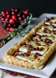 This Cranberry Brie Tart with Pancetta & Thyme is a unique appetizer that's perfect for the holidays! It's a delicious twist on a traditional baked brie. Ditch pancetta use pistachios or walnuts Holiday Appetizers, Yummy Appetizers, Appetizer Recipes, Holiday Recipes, Holiday Treats, Christmas Recipes, Tart Recipes, Cooking Recipes, Bread Recipes
