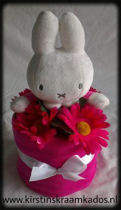 Mini luiertaart Nijntje roze