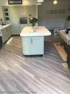 Amtico Spacia in Nordic Oak in a Kitchen Amtico Flooring Kitchen, Best Flooring For Kitchen, Oak Laminate Flooring, Wood Floor Kitchen, Country Kitchen Designs, Rustic Kitchen, Kitchen Ideas, Kitchen Dining, Dining Room