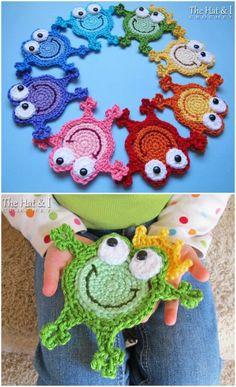 The Sweetest Frog Crochet Patterns To Fit Everyone Crochet Frog, Crochet Patterns Amigurumi, Crochet Motif, Easy Crochet Slippers, Crochet Baby Sandals, Beginner Crochet Projects, Crochet For Beginners, Crochet Gifts, Diy Crochet