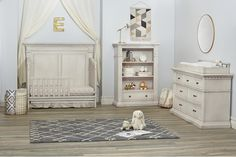 Kingsley Venetian Collection in Antique White  #kingsley #crib #nursery