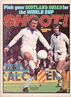 magazine for April 1974 featuring Keith Weller and Jon Sammels of Leicester City on the cover. Leicester City Fc, English Football League, World Cup, Soccer, Goals, Baseball Cards, 1970s, Magazines, Sports