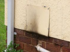 Bee removal in Johannesburg ,removed bees in inspection box           at SunwardPark