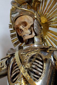 'Taken from the catacombs of Rome in the 17th century, the relics of twelve martyred saints were then attired in the regalia of the period before being interred in a remote church on the German/Czech border.'  - Immortal, Toby de Silva.  What is interesting is the armour on this guy.  It has holes in it in order to display the skeleton beneath.  This lucky guy is St. Pancratius.
