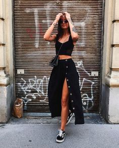 Outfits 20 Casual Spring Outfit Ideas for Women 2020 Mode casual ideas outfit Outfit ideen outfits Spring springoutfits Women womenoutfits Black Women Fashion, Look Fashion, Spring Fashion, Girl Fashion, Mode Outfits, Trendy Outfits, Fashion Outfits, Woman Outfits, Fashion Boots