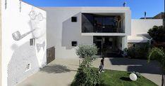 Il progetto QUID vicololuna a Favara, in provincia di Agrigento, e quello per l'Area colloqui all'aperto del Carcere di Torino, Casa Circondariale Lorusso a Cotugno, Torino, sono i vincitori del premio Riuso 05 Rigenerazione Urbana Sostenibile 2016 rispettivamente per le sezioni Architetti e Università, Enti, Fondazioni e Associazioni.