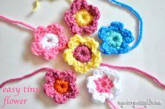 My Merry Messy Life: Crochet Easy Tiny Flower {free crochet pattern}
