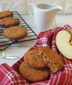 BISCOTTO SENZA ZUCCHERO RICETTA BIMBY Brownie Cookies, Cookie Desserts, Stevia, East Indian Food, B Food, Sugar Cake, Wonderful Recipe, Something Sweet, Bakery