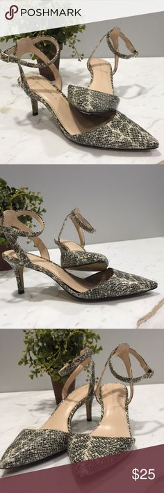 Banana Republic Snakeskin Heels Great condition and very comfortable. Banana Republic Shoes Heels