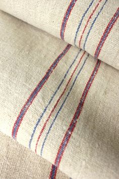 Lovely vintage European homespun grain sack fabric ~ wonderful grainsack material for Country cottage interiors, French country, Swedish and Beach house interiors ~ www.textiletrunk.com