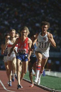 JO de Montréal 1976, Alberto Juantorna suivi par Rick Wohlhuter et Ivo Van Damme