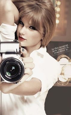 I love her music! I am a huge Taylor Swift fan! I don't think she deserves any of the hate she gets. Love you Taylor soooooooo much! All About Taylor Swift, Taylor Swift Style, Taylor Swift Pictures, Taylor Alison Swift, Taylor Taylor, Taylor Swift Wallpaper, Divas, Miss Americana, Girls With Cameras