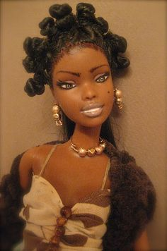 Chynadoll Creations feature repainted OOAK (one of a kind) Barbie, Monster High dolls etc, as well as miniature food creations. African Dolls, African American Dolls, Beautiful Barbie Dolls, Pretty Dolls, Afro, Diva Dolls, Dolls Dolls, Bantu Knots, Black Barbie