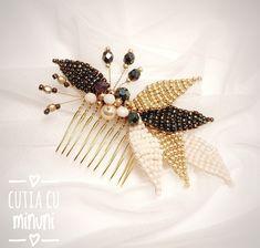 Wedding hairpin/ Bridesmaid hair accessories/ Wedding hair vine/ Golden hairpin/ Black hair accessories
