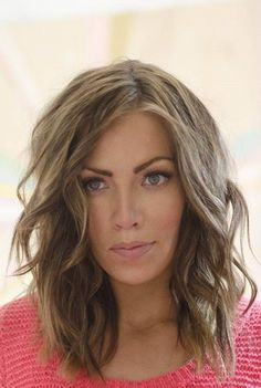 Messy Layered Hairstyles | Layered Haircut As A Base For Messy Waves – The Right Hairstyles ...