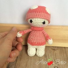 Crochet tutorial: Tiny Lalylala, my little friends amigurumi - Alice Balice - sewing and DIY creative hobbies, Chat Crochet, Crochet Animal Amigurumi, Crochet Beanie, Amigurumi Doll, Crochet Animals, Easy Crochet, Crochet Toys, Crochet Baby, Free Crochet