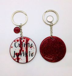 Diy Crafts Keychain, Diy Keyring, Keychain Ideas, Diy Christmas Gifts, Holiday Crafts, Stocking Stuffers For Adults, Acrylic Keychains, Craft Sale, True Crime