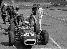 F1 Drivers, Vintage Race Car, F1 Racing, Formula One, Grand Prix, Race Cars, Cool Photos, Automobile, Images