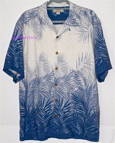 TOMMY BAHAMA Shirt Blue Cream Silk Camp S/S Palm Fronds Copyrighted Print EUC #TommyBahama #Hawaiian