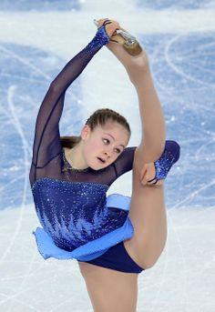 ロシアのリプニツカヤ登場 フィギュア団体