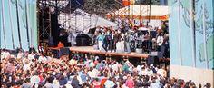 Repleto. El 13 de setiembre de 1988, el viejo Estadio Nacional fue testigo de la presentación de Bruce   El Jefe  Springsteen, Sting, y demás estrellas. Archivo.