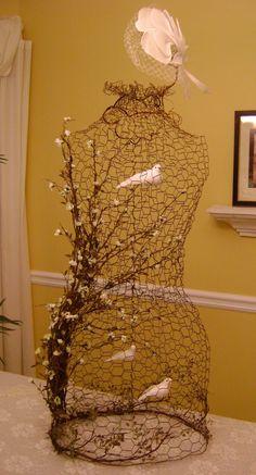 Sassytrash: chicken wire dress form cage