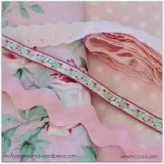 pillowcase 1 with ribbon and lace tutorial