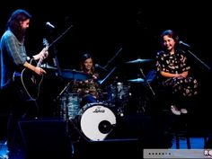 Notes-&-Words-2018-Dave-Grohl-Concert-Review-Photos-UCSF-Benioff-Childrens-Hospital-Oakland-Foo-Fighters-081