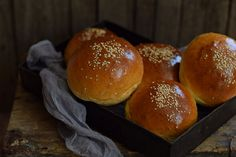 Bread Recipes, Hot Dogs, Hamburger, Rolls, Food And Drink, Pizza, Baking, Breakfast, Buns