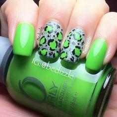 Nails Art - green